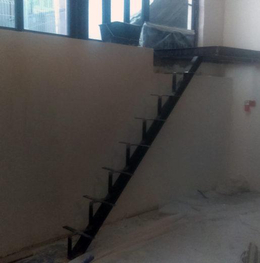 Escaliers métalliques acier