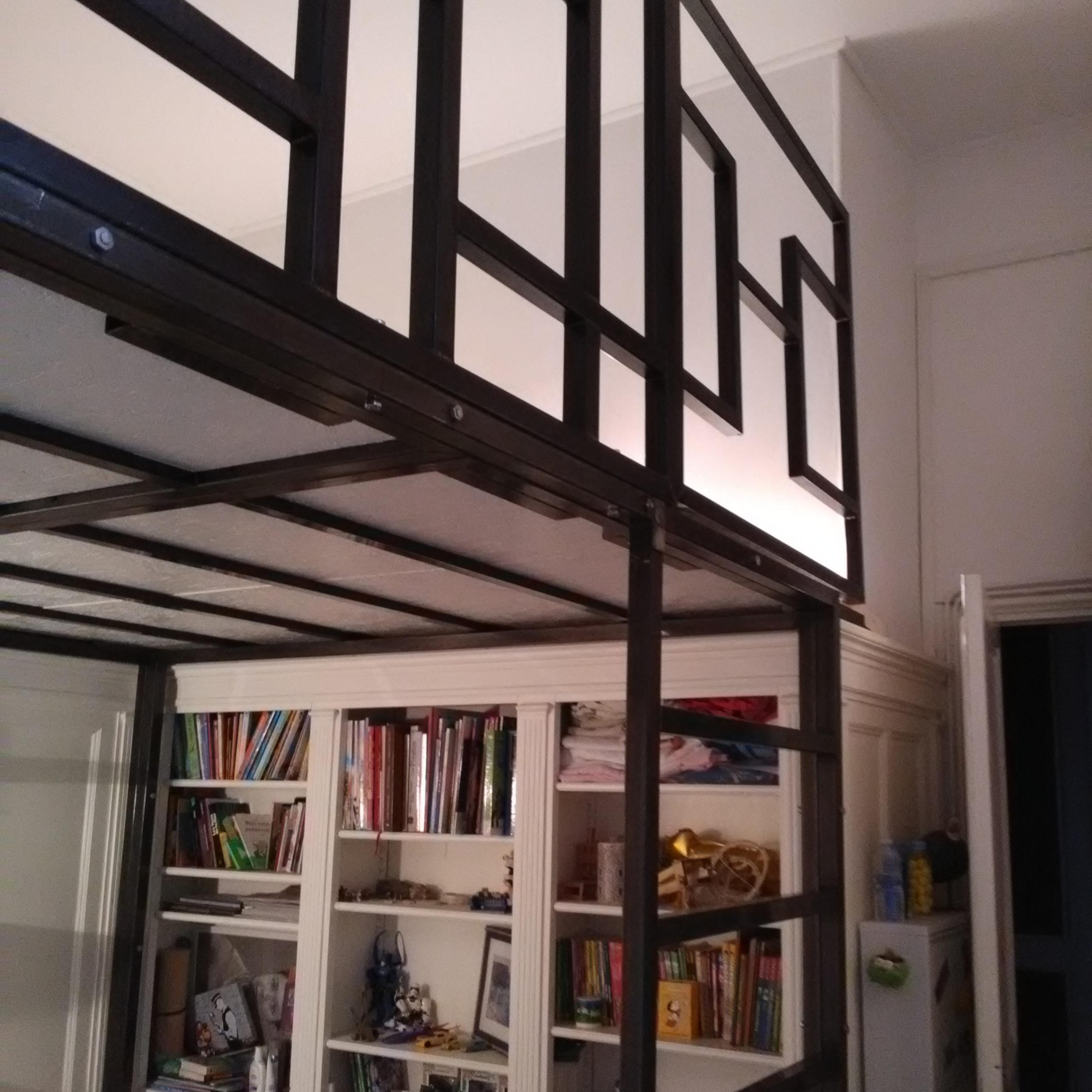 mezzanine mondrian 3240×4050